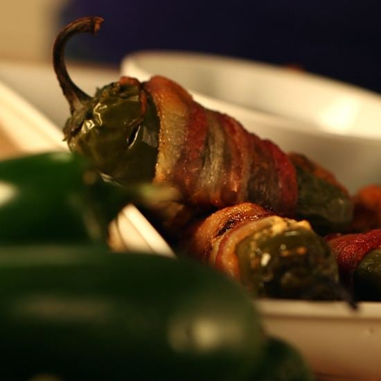 Bacon-Wrapped Jalapeño Poppers: A No-Fuss Snack for Game Day!