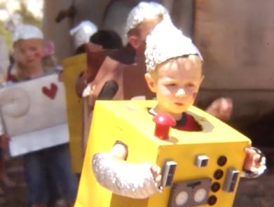 Kids and Robot Costumes, It Doesn't Get Any Better Than That