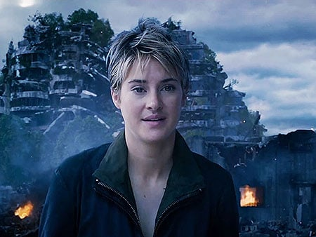 Watch Shailene Woodley Fight Herself in New Insurgent Trailer