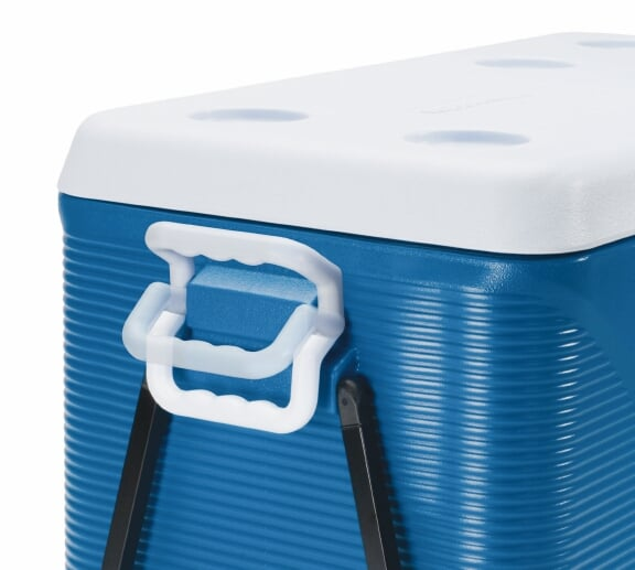 Clean your cooler before using it.