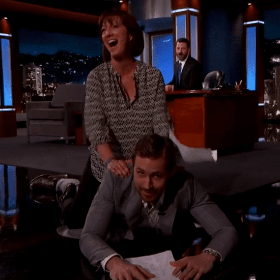 Ryan Gosling Acts Out Movie Scene With a Fan 2016