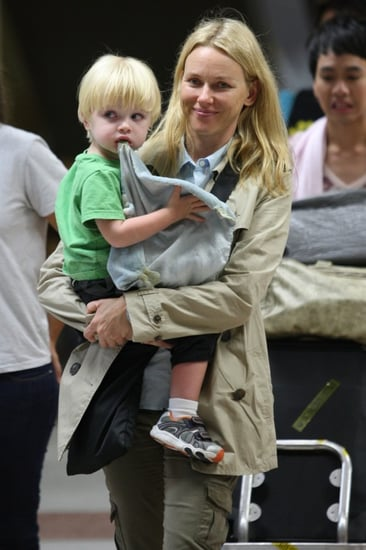 Pictures of Naomi Watts and Samuel Schreiber Leaving Thailand