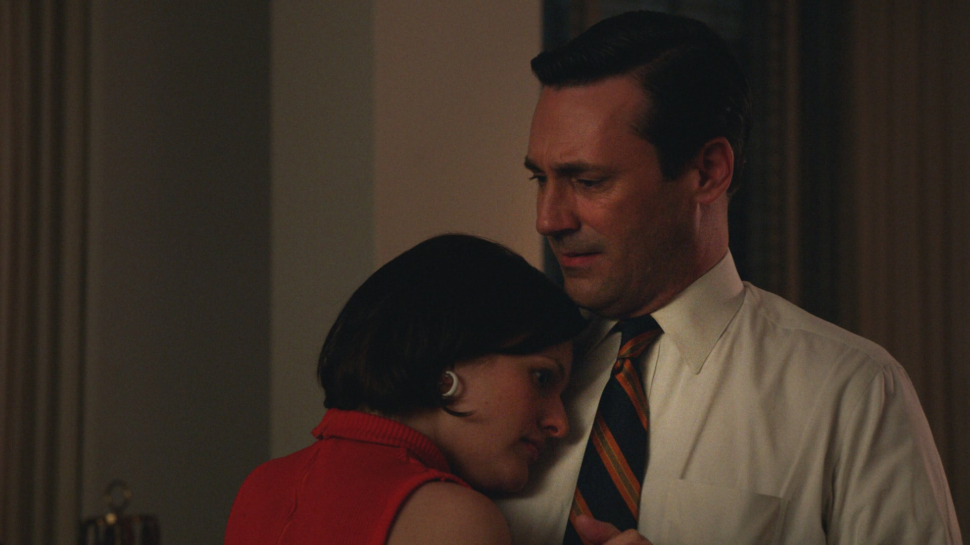 Don and Peggy Make Up