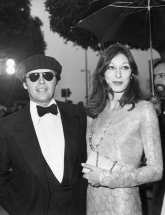 Anjelica Huston at the 1975 Academy Awards
