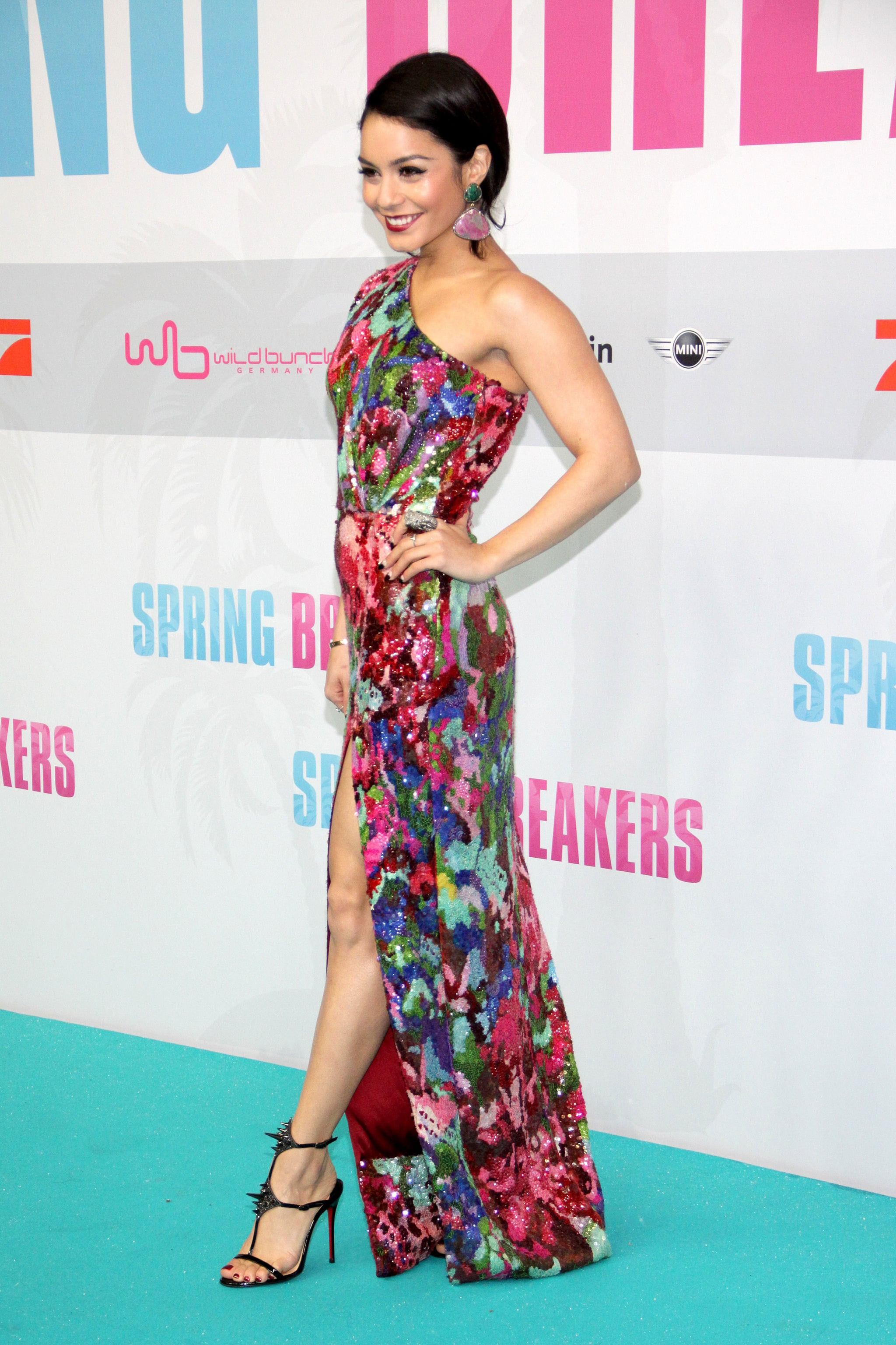 Vanessa Hudgens wore a sequined gown by Naeem Khan.