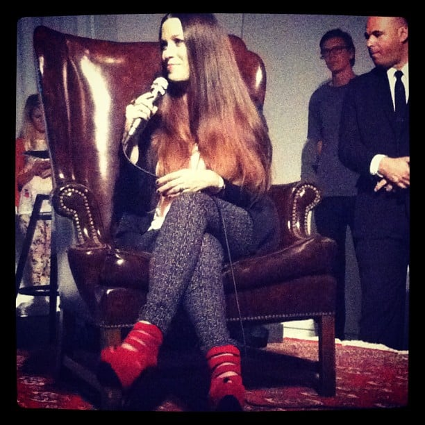 Our friends at CelebStyle snapped a photo of Alanis Morissette during an intimate chat with fans.  Source: Instagram user celebstyle