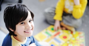 8 Ways to Keep Kids Entertained When Hosting Houseguests