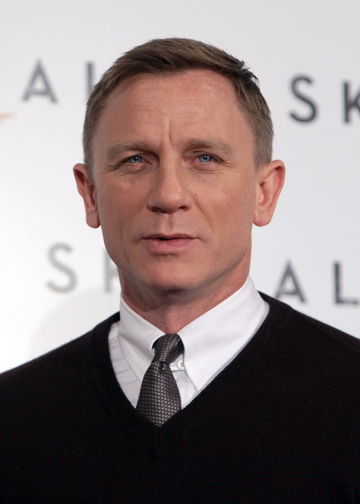 Daniel Craig wore a sweater and tie.