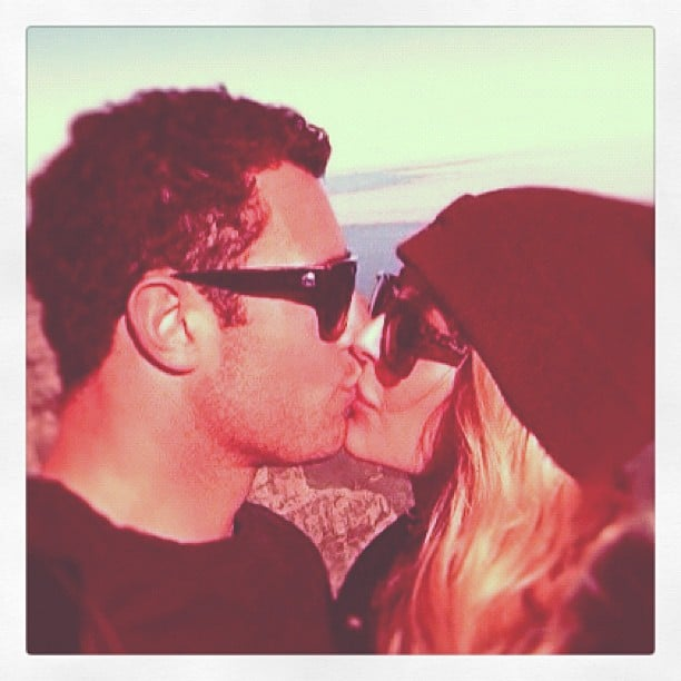 Jennifer Hawkins and Jake Wall kissed during a South African getaway. Source: Instagram user jenhawkins_