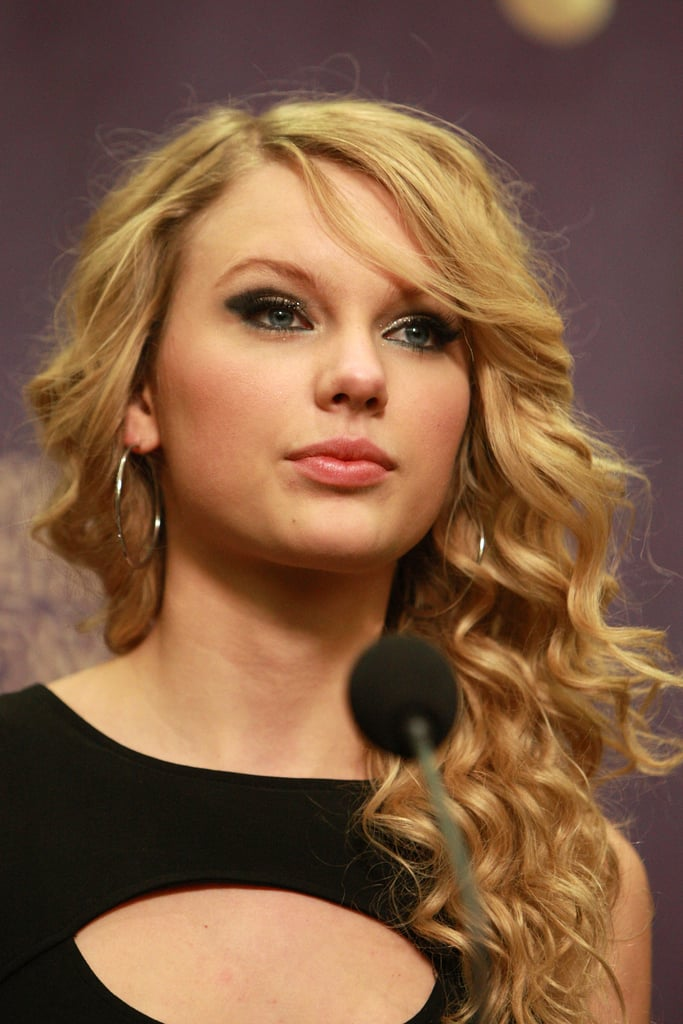 April 2008: CMT Music Awards Press Room
