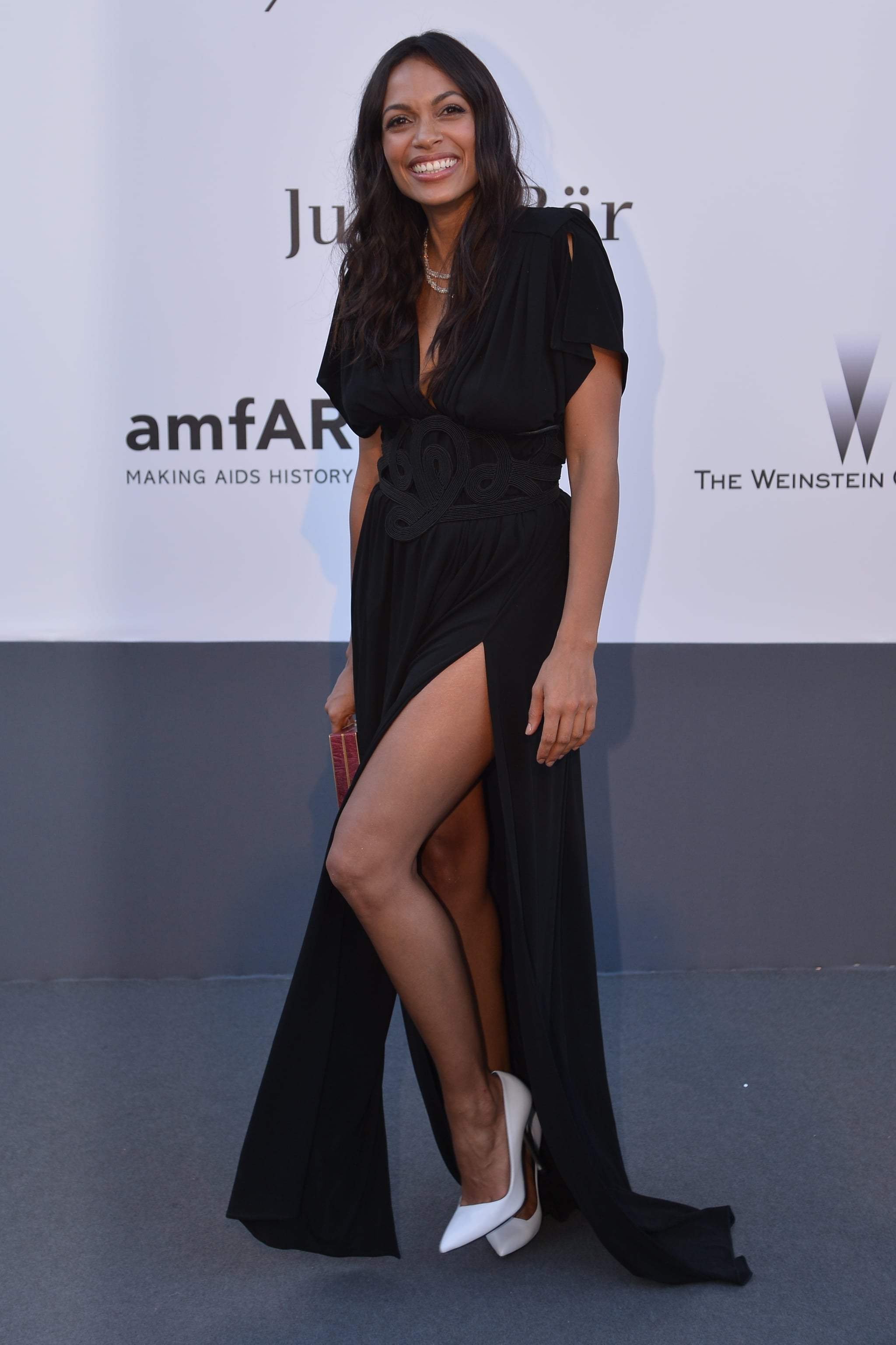 Rosario Dawson's Vionnet gown may have been covered up on top, but the bottom half told a sexier story with a leg-flaunting slit.