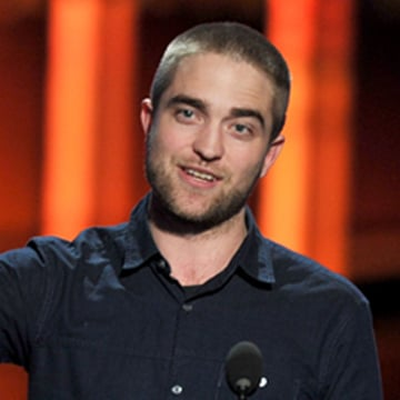 Robert Pattinson on Stage at the 2012 People's Choice Awards