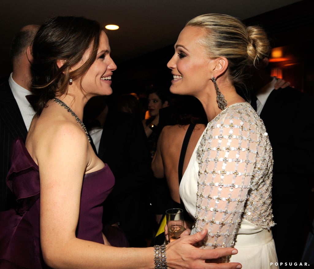 Molly Sims chatted with Jennifer Garner at Vanity Fair's Oscar after party.