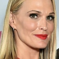 Let us count the places pregnant Molly Sims has vomited