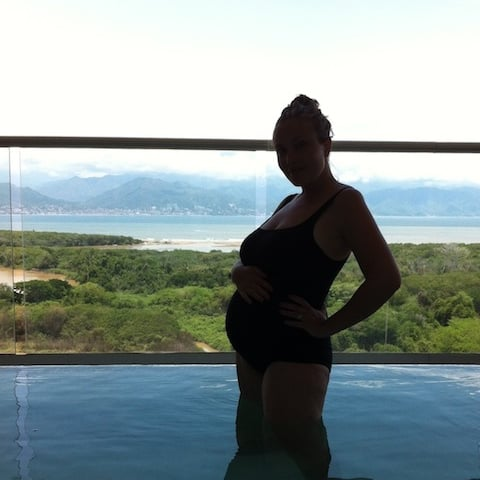 Best Swimsuit While Pregnant