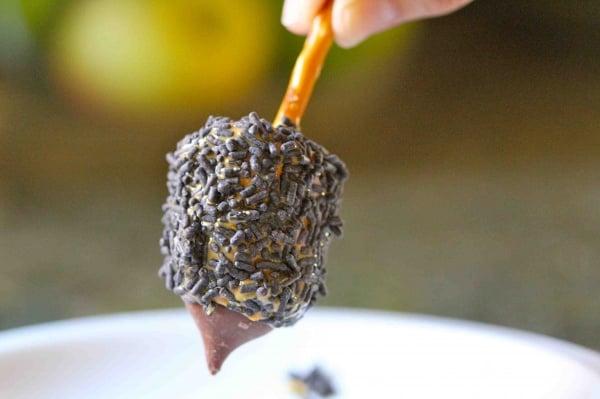 Marshmallow and Hershey Kiss Dreidels | 20 Hanukkah Desserts to Make ...