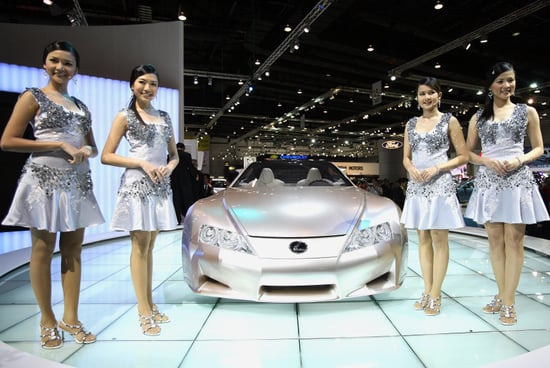 Facts About Lexus's New and Super Exclusive LFA Car