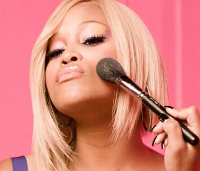 Live Chat with Eve and her Makeup Artist!