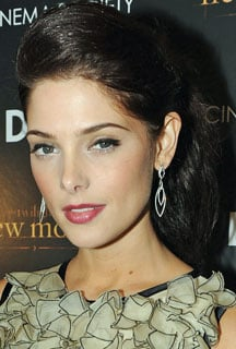 Ashley Greene's Hair at New Moon Premiere: A Tutorial 2009-11-20 10:00:51