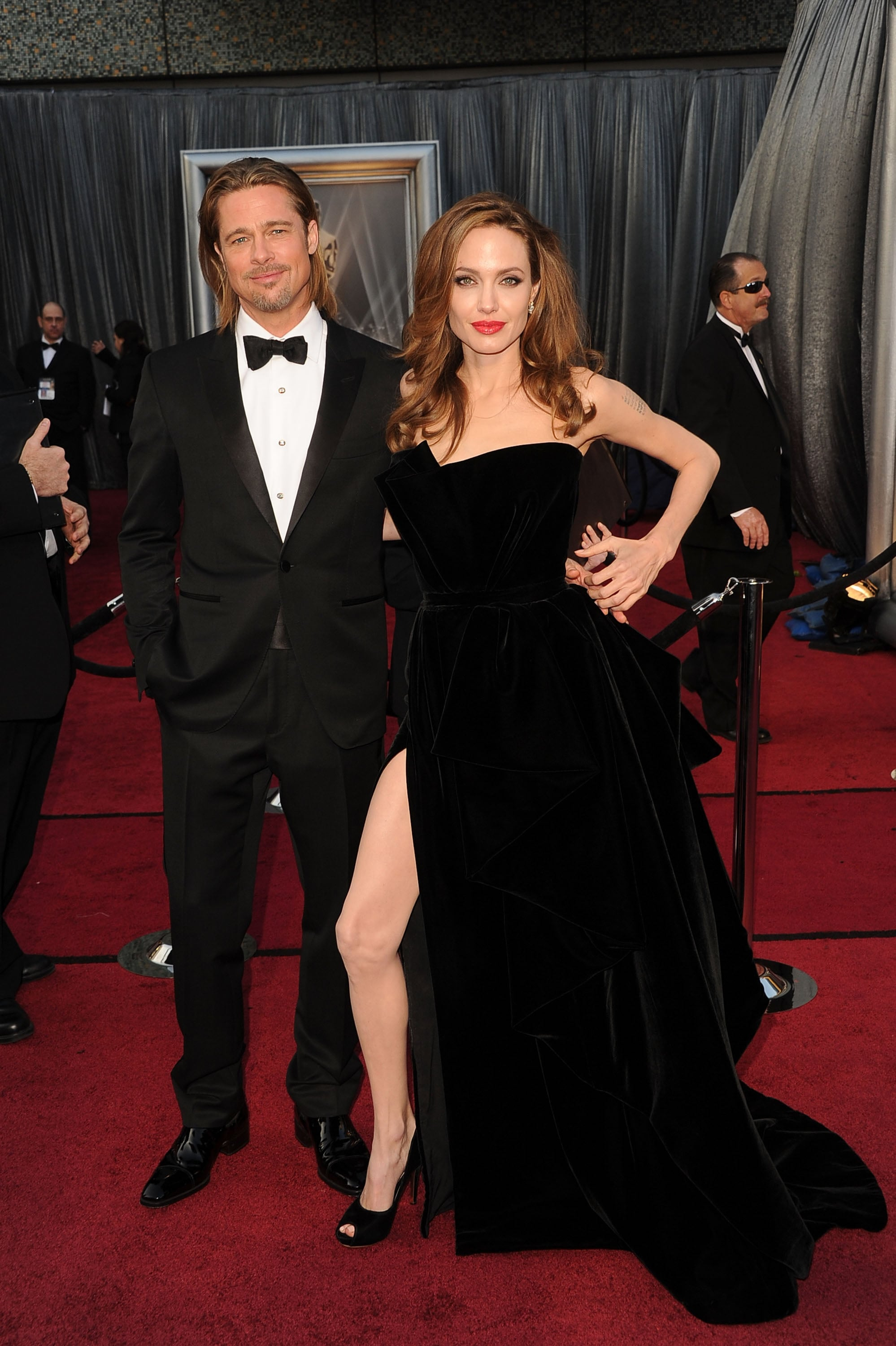 Angelina Jolie showed off her now-infamous leg on the red carpet with Brad Pitt at the 2012 Oscars.