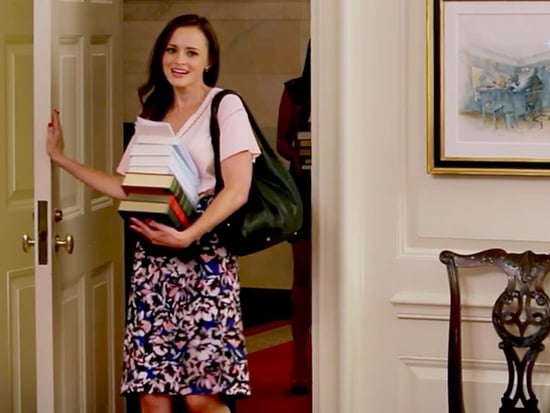 Alexis Bledel Visits the White House as Rory Gilmore to Give Michelle Obama Some Book Recommendations