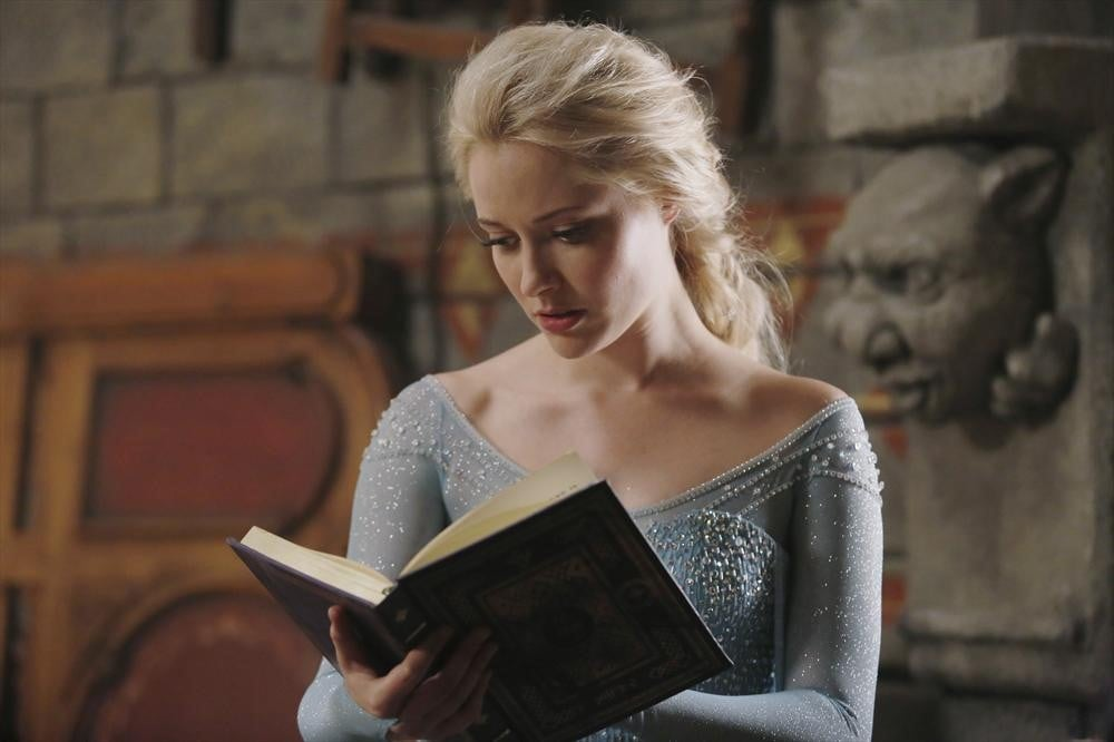 What is it she's reading?