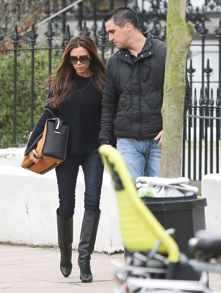 Victoria and Cruz Get Grub in London While David Shoots in Spain