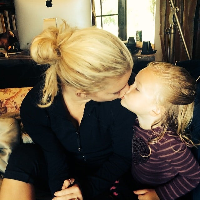 Jessica Simpson gave her daughter, Maxwell, a smooch. Source: Instagram user jessicasimpson