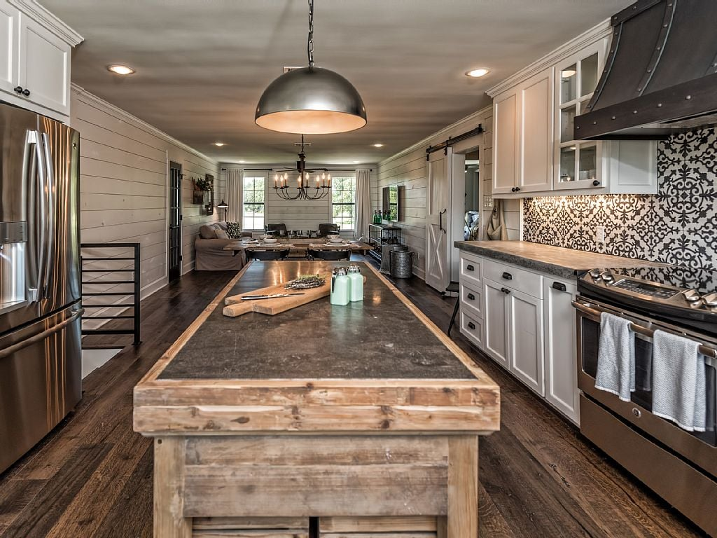 Fixer Upper Paint Colors For Kitchens