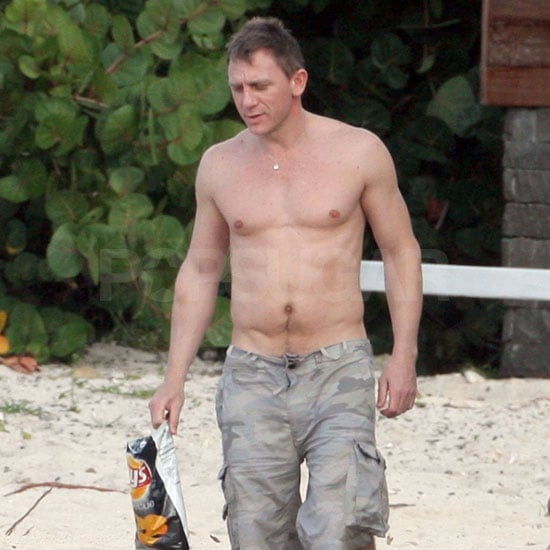 Photo of Daniel Craig Shirtless