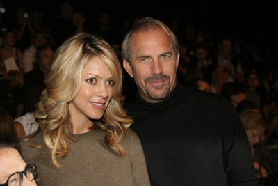 Sugar Bits - Kevin Costner and Wife Expecting
