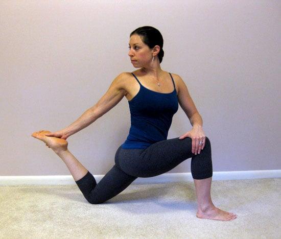 How to Stretch the Hip Flexors 2009-11-20 08:00:22