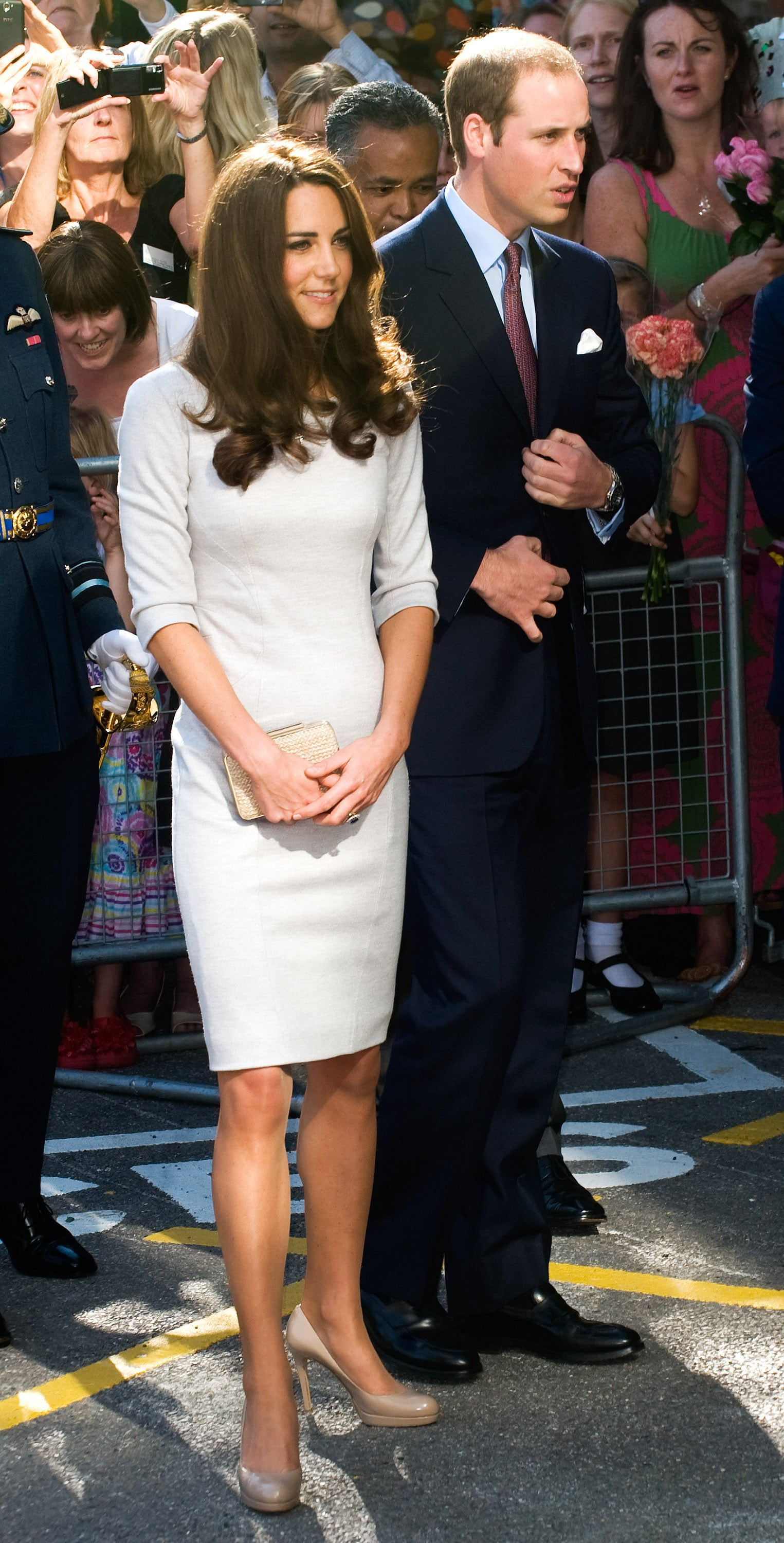 Prince William and Kate Middleton were met by a crowd of fans at the the Oak Center For Children and Young People.