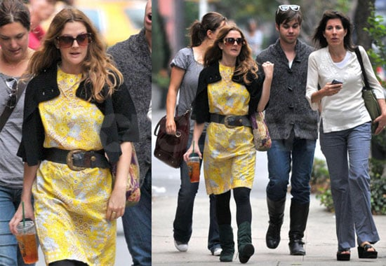 Photos of Drew Barrymore Out in NYC With Friends 2008-09-23 14:00:00