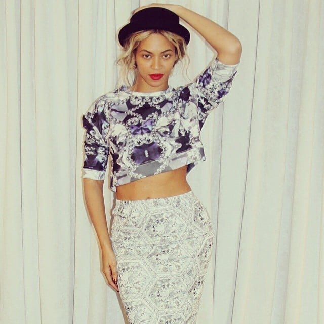 Beyoncé bared her midriff in her latest Instagram photo.  Source: Instagram user beyonce