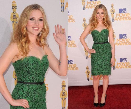 Scarlett Johansson at 2010 MTV Movie Awards 2010-06-06 17:23:26