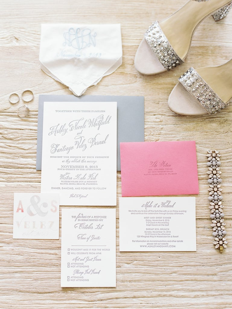 6. Accessories With Wedding Paper Suite