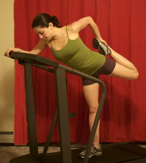 Treadmill Stretch: Leaning Quad