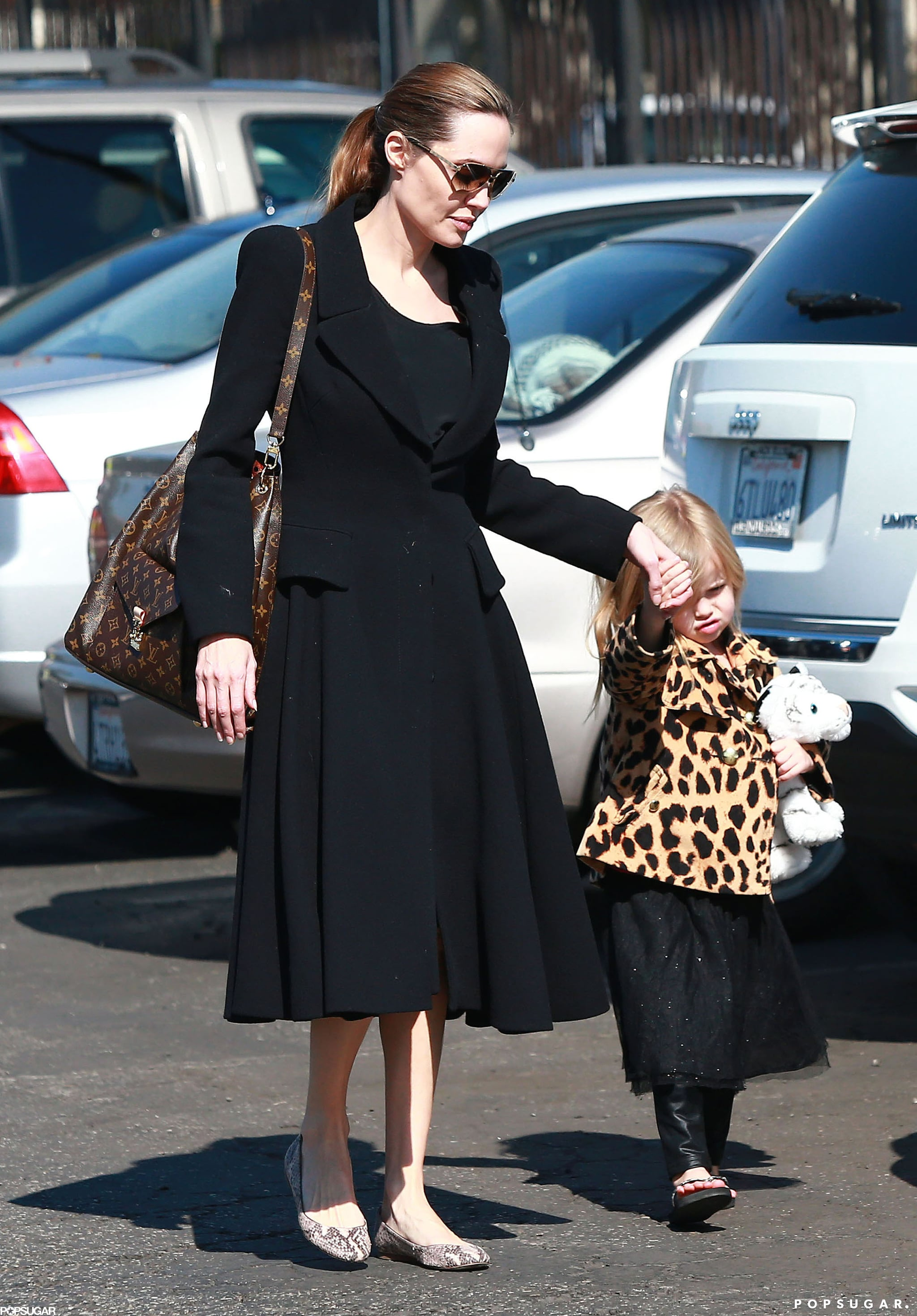 Angelina Jolie walked with Vivienne in LA.