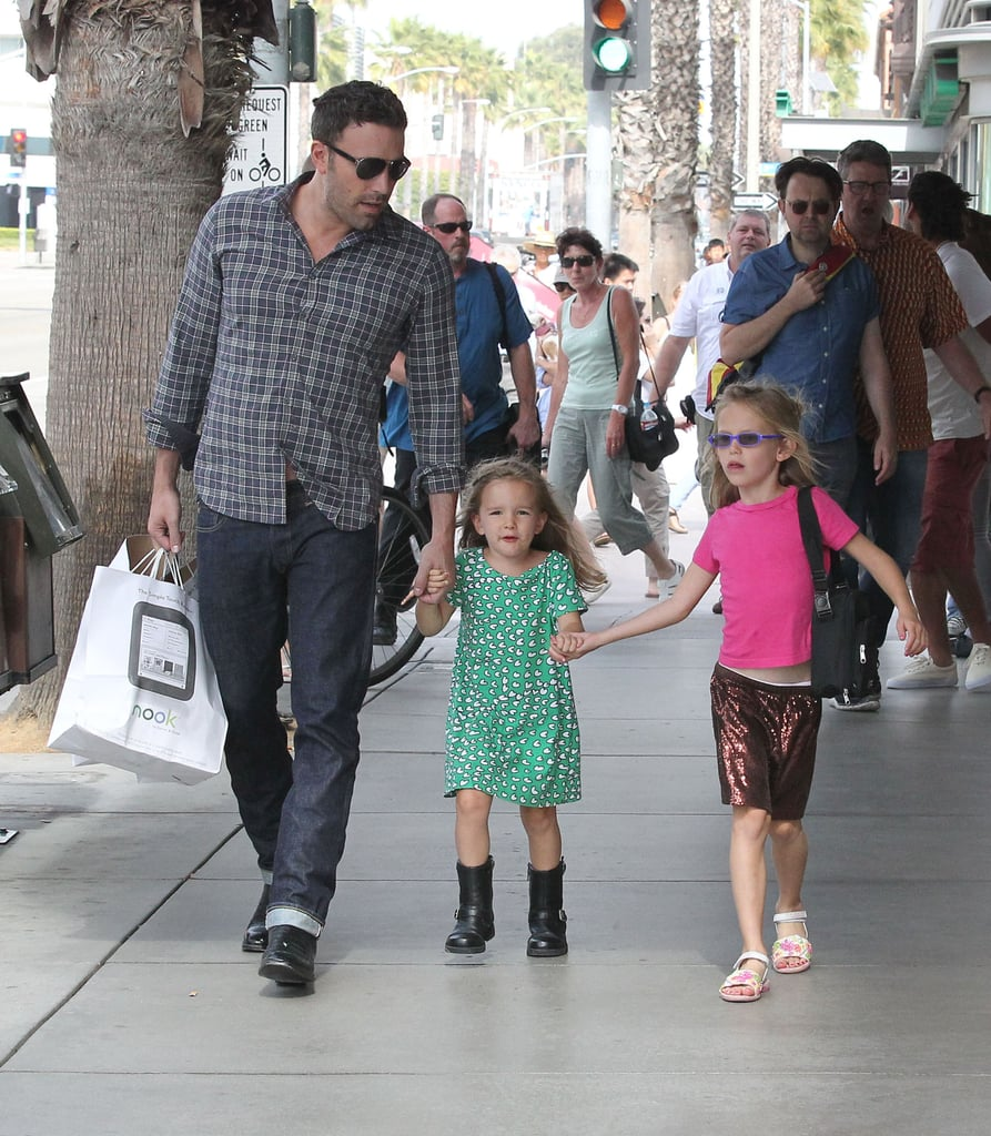 Ben Affleck Has a Daddy Day With Violet and Seraphina
