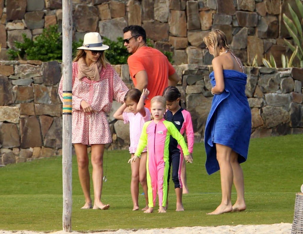 Jessica Alba and Cash Warren played with daughter Honor.