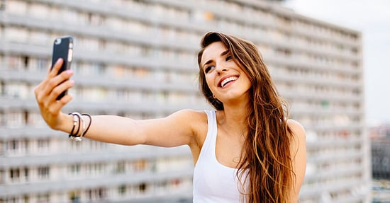 Taking Selfies Distorts Our Self-Perception, Says New Study