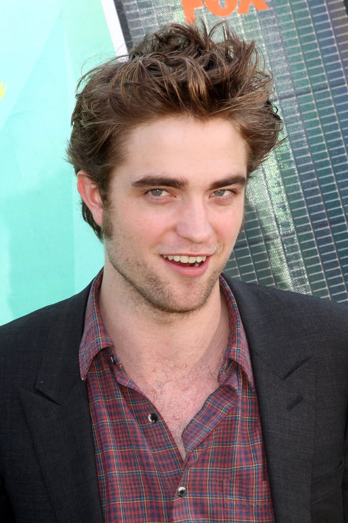 Photos of Pattinson at Teen Choice Awards