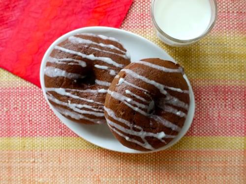 Baked Chocolate Cinnamon Doughnuts