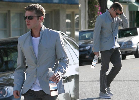 Photos of Ryan Phillippe Leaving the Hair Salon in Los Angeles