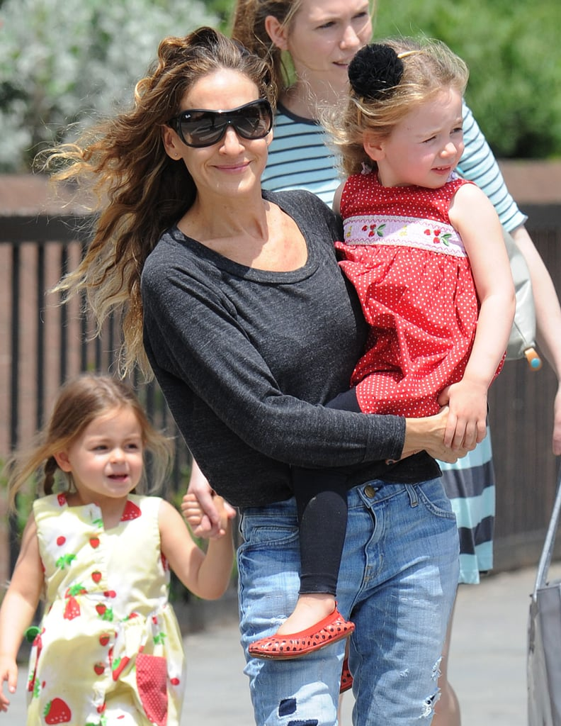 Sarah Jessica Parker walked her twin daughters, Tabitha and Loretta, from school in NYC.