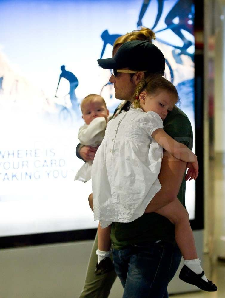 Nicole Kidman and Keith Urban Take Off With Baby Faith and Sunday
