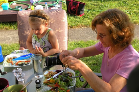 The 3 Secret Benefits of Family Mealtimes