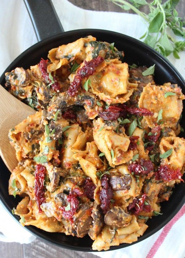 One-Pot Vegetarian Pesto Tortellini