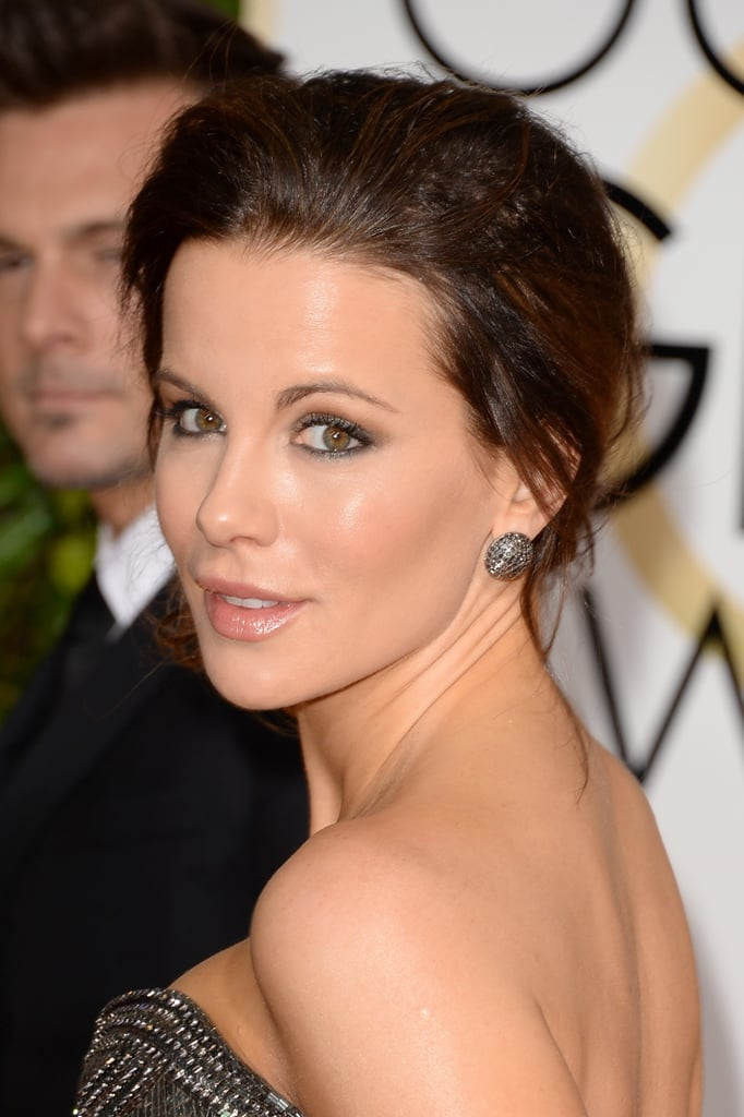 All hail the beauty queen that is Kate Beckinsale. From her dewy complexion to her metallic-trimmed eyes, Kate solidified her place as one of the most beautiful people in the world.